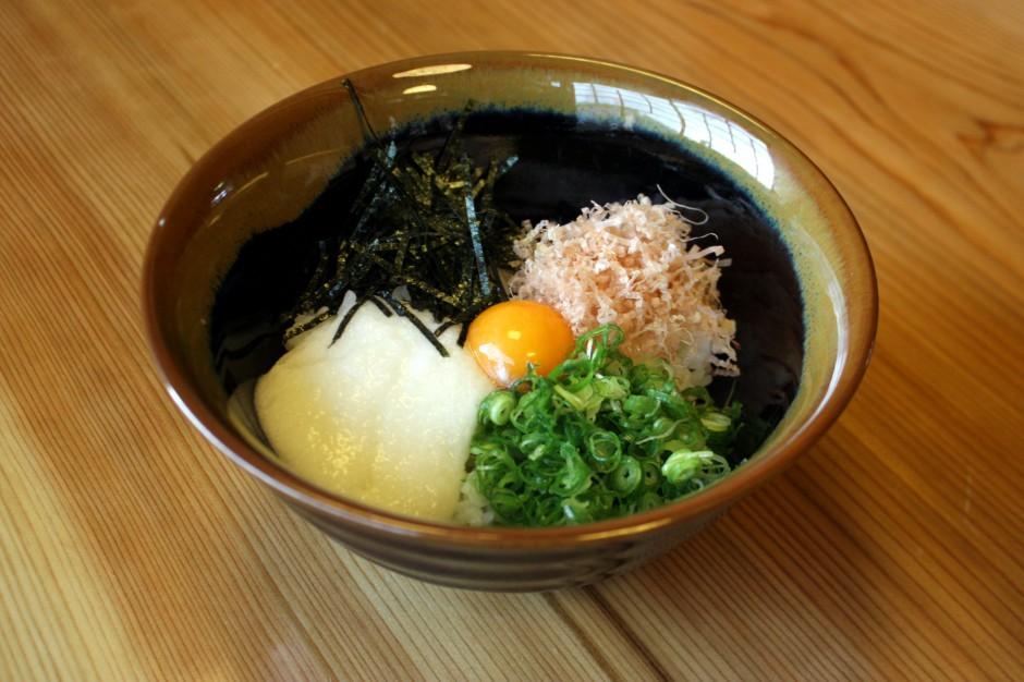 とろろ飯(コウノトリ米)580円