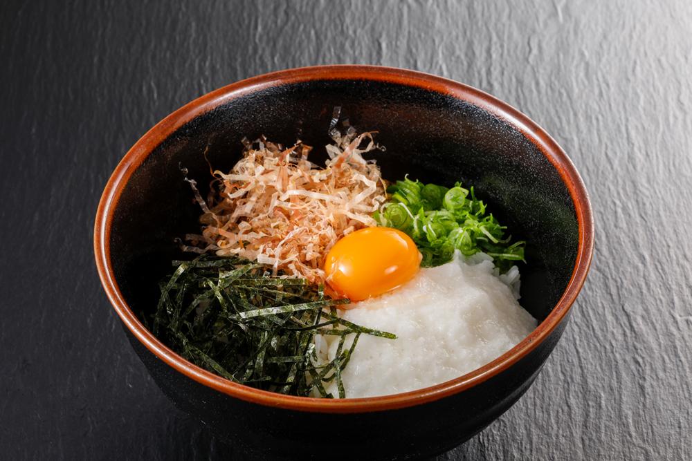 コウノトリ米とろろ飯 580円